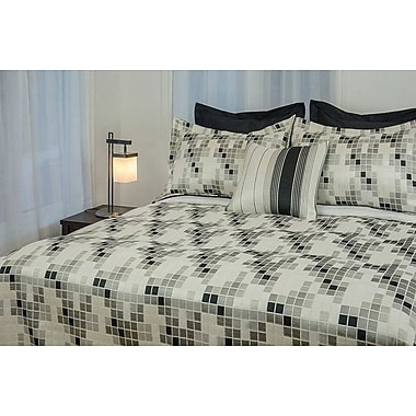 Chéné-Sasseville Ceram Reversible Bedspread with 2 Shams, Extra Queen
