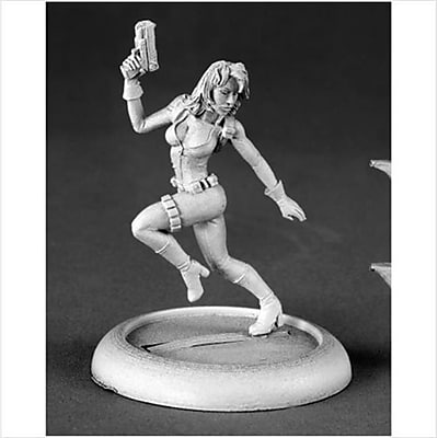 Reaper Miniatures 50149 Natalia, Female Secret Agent (ACDD10405) 2512478