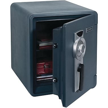 First Alert 0.94 cu ft Water, Fire and The' Combination Safe (FAT2087F)