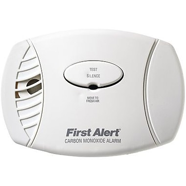 First Alert Carbon Monoxide Plug-In Alarm With Battery Backup (FATCO605)