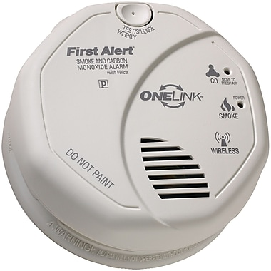 First Alert Onelink Battery-Operated Combination Smoke and Carbon Monoxide Alarm (FATSCO501CN3ST)