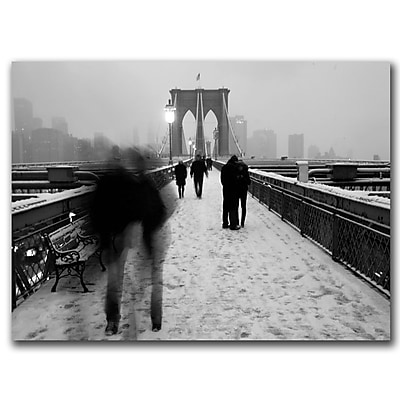 Trademark Fine Art Yale Gurney 'Love on the Brooklyn Bridge' Canvas Art