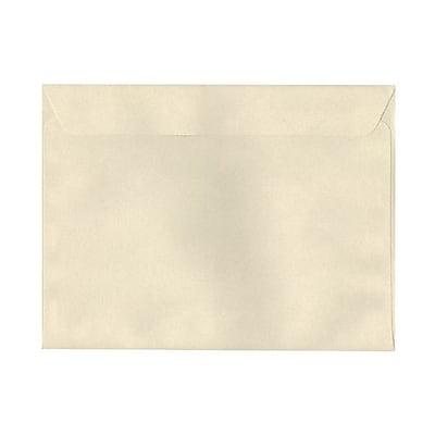 JAM Paper® 9 1/2 x 12 5/8 Booklet Envelopes, Gypsum Ivory Recycled, 1000/carton (900878720B)