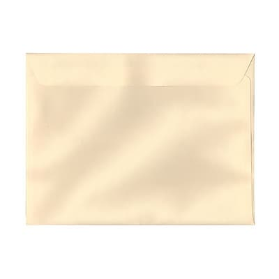 JAM Paper® 9 1/2 x 12 5/8 Booklet Envelopes, Ivory Linen, 1000/carton (93159C)