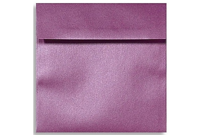 "LUX® 6 1/2"" x 6 1/2"" Square Envelopes W/Glue, Punch Metallic Purple, 1000/BX"