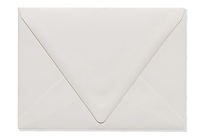 LUX A7 Contour Flap Envelopes (5 1/4 x 7 1/4) 50/Box, Natural - 100% Recycled (1880-NPC-50)