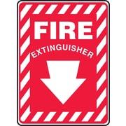 Accuform Signs® - Panneau de sécurité « FIRE EXTINGUISHER » (flèche), 10 po x 7 po