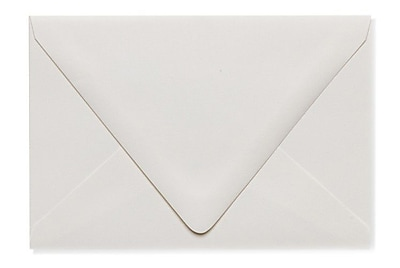 LUX A4 Contour Flap Envelopes (4 1/4 x 6 1/4) 1000/Box, Natural - 100% Recycled (1872-NPC-1000)