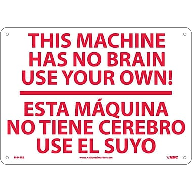 This Machine Has No Brain.. A Maquina No Tiene. . . (Bilingual), 10X14, Rigid Plastic