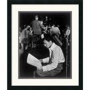 "Amanti Art William P. Gottlieb ""Frank Sinatra"" Framed Art, 26"" x 22"""