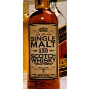 Single Malt and Scotch Whisky: A Guide to Hundreds of Brands and Varietie Daniel Lerner Hardcover