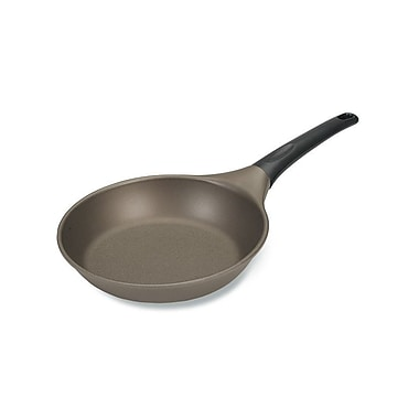 Nordic Ware Pro Cast Traditions 8.5'' Nonstick Omelette Pan