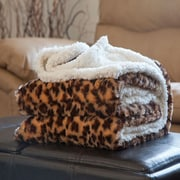 Trademark Global® Lavish Home Fleece/Sherpa Animal Pattern Throw Blanket, Leopard