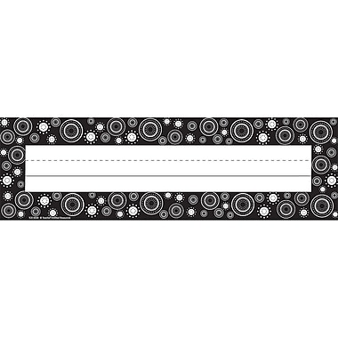 Teacher Created Resources Infant - 6 Grade Flat Name Plate, Black/White Crazy Circles
