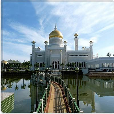 iCanvas Islamic Brunei Mosque Photographic Print on Canvas; 18'' H x 18'' W x 0.75'' D