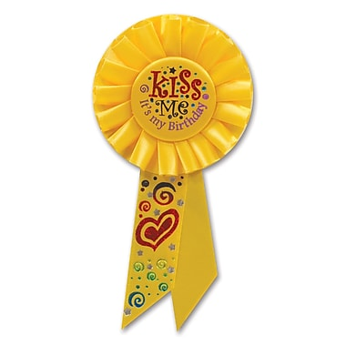 Rosette « Kiss Me, It's My Birthday », 3 1/4 x 6 1/2 po, 3/paquet