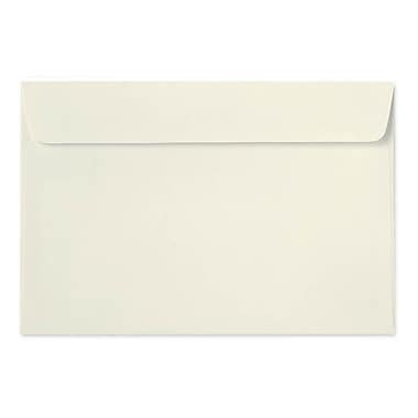 LUX 6 x 9 Booklet Envelopes, Natural Linen, 1000/Box (4820-NLI-1000)