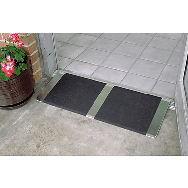 Prairie View Industries Standard Threshold Ramp; 12'' L