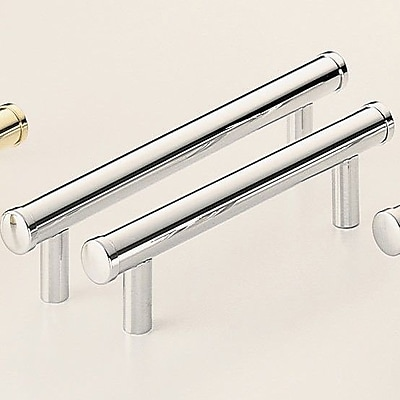 Omnia Classic & Modern 5'' Center Bar Pull; Polished Chrome Plated