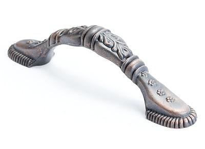Berenson Baroque Oak Leaf 3'' Center Arch Pull; Verona Bronze