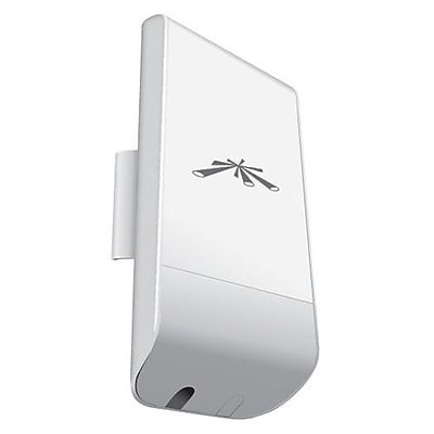 Ubiquiti Networks NanoStation Loco M 5 GHz Indoor/Outdoor Wireless Bridge, 150 Mbps IM1UQ3036