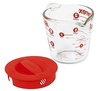 Pyrex Prepware 2 Cup Measuring Cup w/ Red Plastic Cover in Clear WYF078276557674