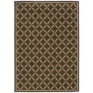 StyleHaven - Geometric Brown/ Ivory Indoor/Outdoor Machine-Made Polypropylene Area Rug (5'3