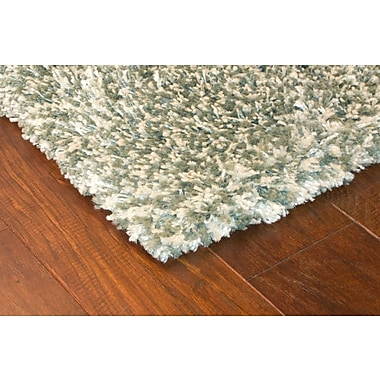 StyleHaven Shag Blue/ Ivory Indoor Machine-made Polypropylene Area Rug (4' X 5'9