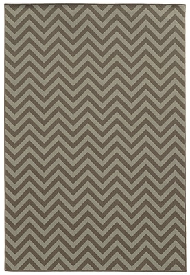 StyleHaven Chevron Grey/ Blue Indoor/Outdoor Machine-made Polypropylene Area Rug (7'10