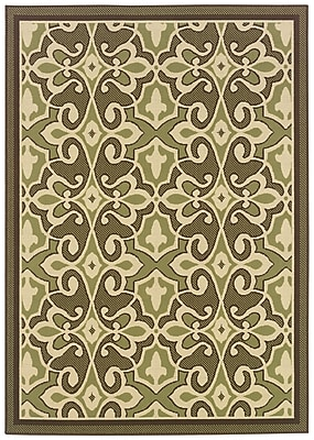 "Oriental Green/ Ivory Indoor/Outdoor Machine-made Polypropylene Area Rug (6'7"" X 9'6"")"