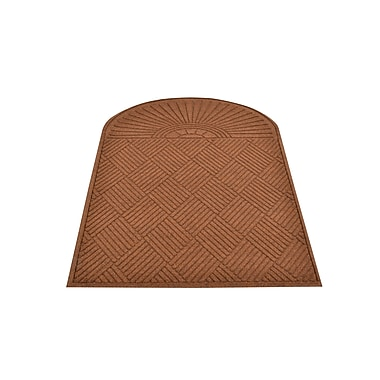 HomeTrax Designs 169E0036 Guzzler Sunburst Door Mat
