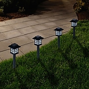 Pure Garden Outdoor 50-12 Lantern Solar Landscaping Lights
