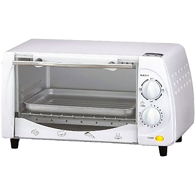 Brentwood® 9-Liter 4-Slice 700 W Toaster Oven Boiler; White