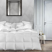 Maison Condelle Silk Distinction Mulberry Silk Filled Cotton Duvet, Twin, White