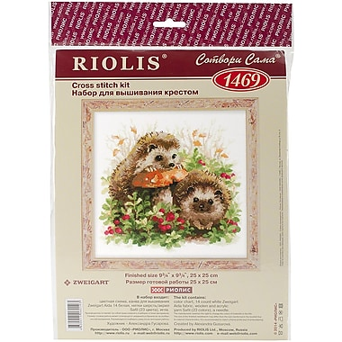 Riolis Hedgehogs in Lingonberries Counted Cross Stitch Kit, 9 3/4