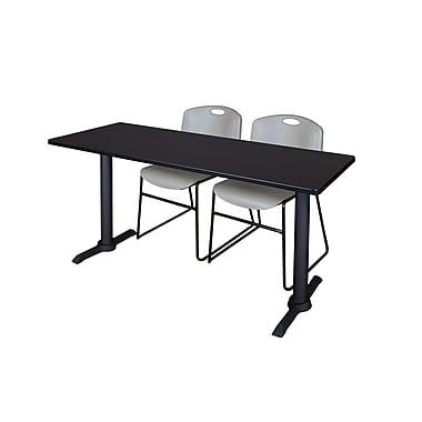 Regency – Table de formation rectangulaire Cain, métal et bois, 60 po, chaises empilables Zeng, gris (MTRCT6024MW44GY)