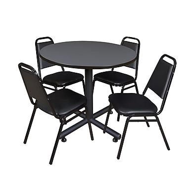 Regency – Table ronde en stratifié, 36 po, avec 4 chaises empilables de restaurant, gris (TKB36RNDGY29)