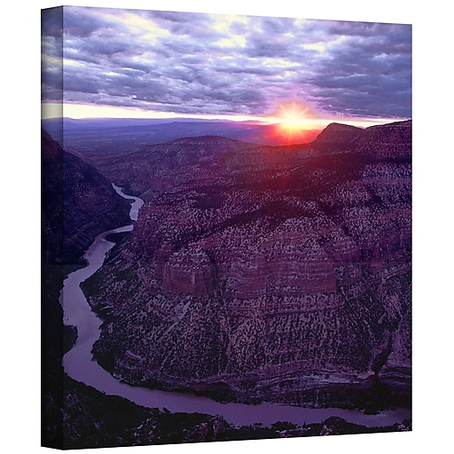 "ArtWall 'Green River Dinosaur' Gallery-Wrapped Canvas 18"" x 18"" (0uhl077a1818w)"