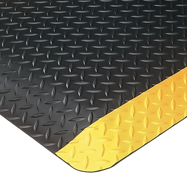 Wearwell Ultrasoft Diamond-Plate No. 414, 2' x 3', Black/Yellow