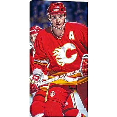 Al Macinnis, toile non autographiée, Temple de la renommée du hockey, Flames, gros plan, vert., 14 x 28 po