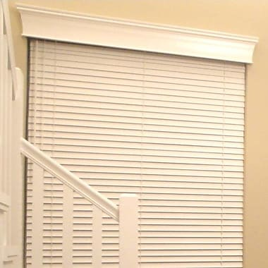 West Coast Blinds Estate Wood Curtain Cornice; 5.5'' H x 33'' W x 4.5'' D