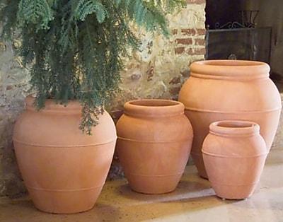 Marchioro Plastic Pot Planter; 17.25'' H x 15.75'' W x 15.75'' D