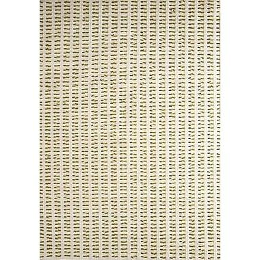 Hokku Designs Avril White/Green Contemporary Area Rug; Rectangle 6'6'' x 9'9''
