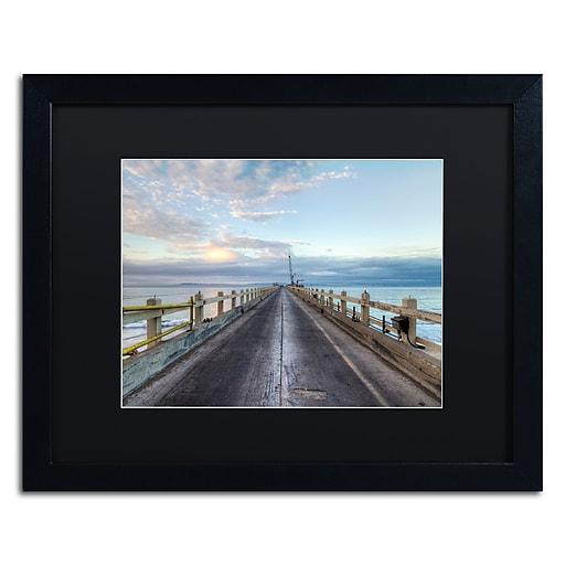 Trademark Fine Art Chris Moyer 'Carpinteria Pier View I'  16 x 20 (886511732049)
