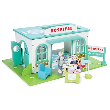 LE TOY VAN VILLAGE HOSPITAL SET
