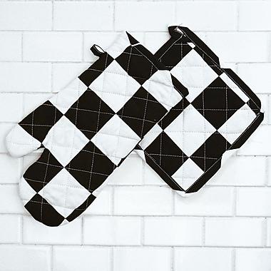 Linen Tablecloth Checker Board Oven Mitt and Potholder Set (Set of 2); Black/White
