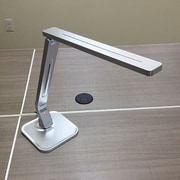 Symmetry Office Ascend 18'' Desk Lamp; Silver