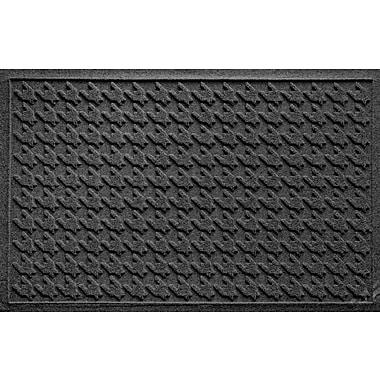Bungalow Flooring Aqua Shield Houndstooth Doormat; Charcoal