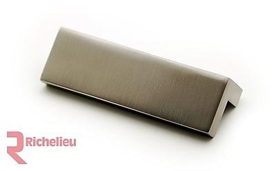 Richelieu 2 13/25'' Center Finger Pull