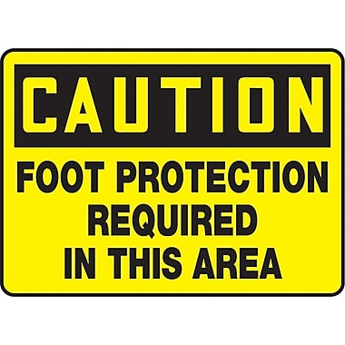 Safety Signs and Identification, Personal Protection, Caution; Foot protection required in this area, SAU535